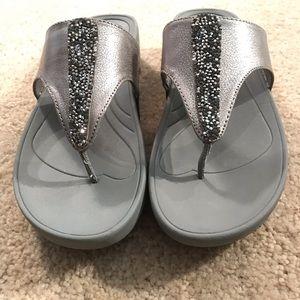 Bare Traps silver Gray Thong Sandal